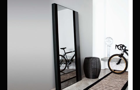 Mesmerizing full length mirrors for modern homes for Black floor length mirror