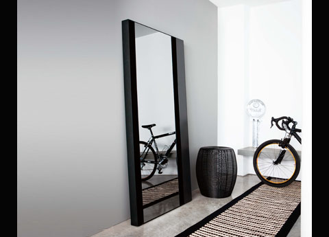 Mesmerizing full length mirrors for modern homes for Black framed floor length mirror