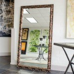 Decorative Mirror For Contemporary And Chic Homes