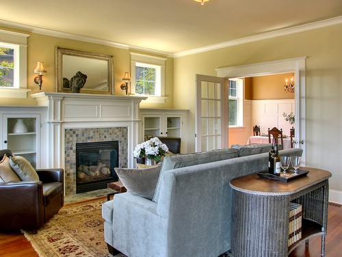 craftsman-living-room-mirror