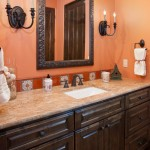 Accenting Bathrooms with Mirrors