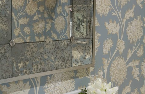 Decorating Bathrooms with Frameless Mirrors